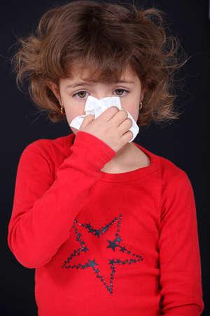 tejido: Niña sonarse la nariz
