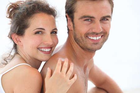 nackte brust: Paar umarmt Lizenzfreie Bilder