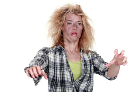 electric shock: mujer después de una descarga eléctrica