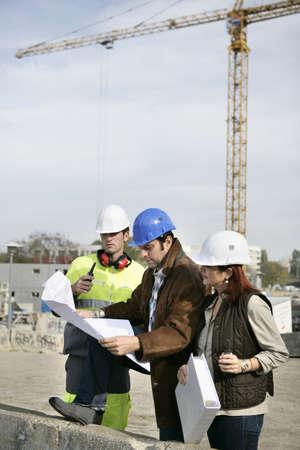 computer worker: Construction workers
