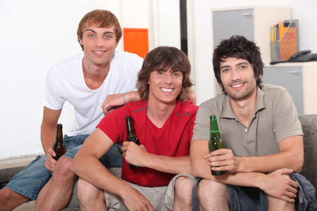 roommates: roommates drinking beer