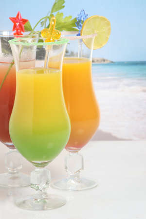 alcoholic drinks: Cocktails on the beach