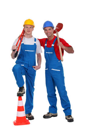 unskilled worker: A team of tradesmen