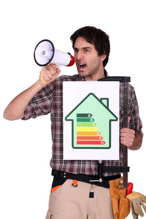 disseminate: Man with speaker and energy rating sign