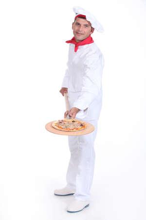 Pizza Maker mostrando su pizza