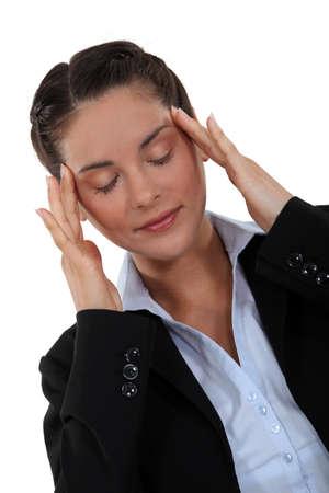 psique: Empresaria canalizar sus pensamientos Foto de archivo