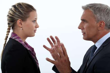 gestural: Women hypnotizing men