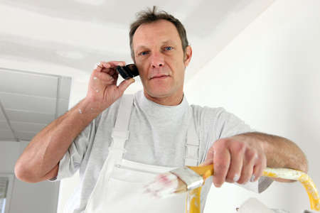 interrupted: Decorator interrupted by phone call