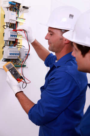 electrician measuring current photo