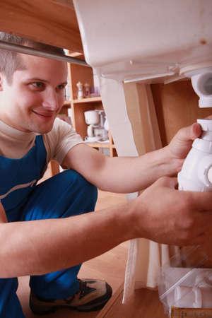 obrero: Trabajador fregadero de fijaci�n