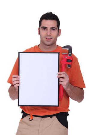 troubleshoot: handyman showing a little white panel