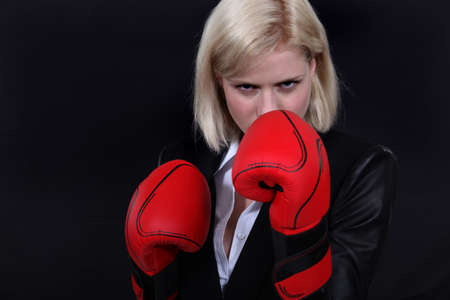 transmit: Woman with boxing gloves