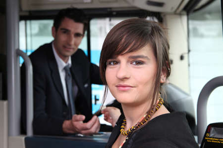 feliz: Girl sitting on the bus Imagens