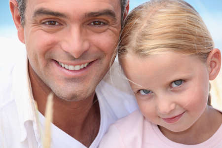 vaderlijk: Portret van vader en dochter