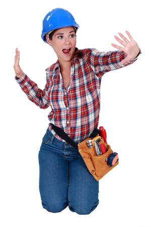 tradesperson: Tradeswoman dancing