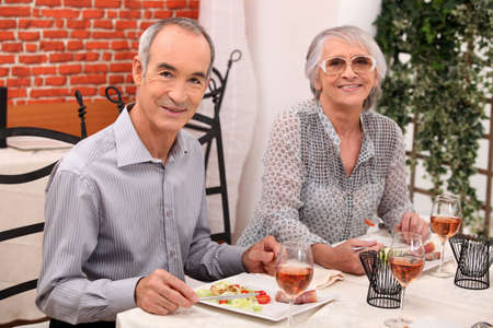 third age: Mature couple in restaurant