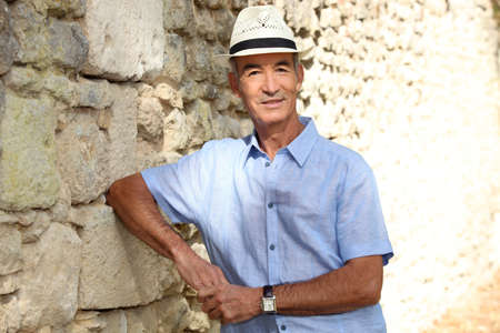 Old man on holiday Stock Photo - 14215056