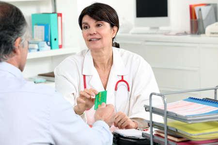 Femme de consultation médicale Banque d'images - 14206626