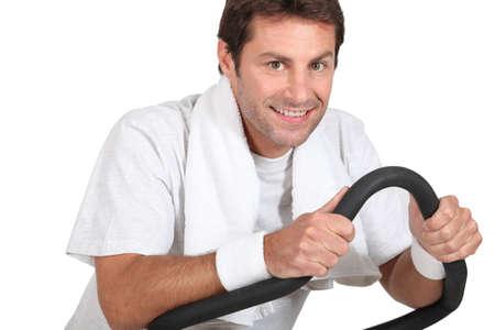 alkalmasság: ember csinál fizikai gyakorlatok