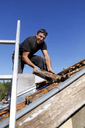 Roofer photo
