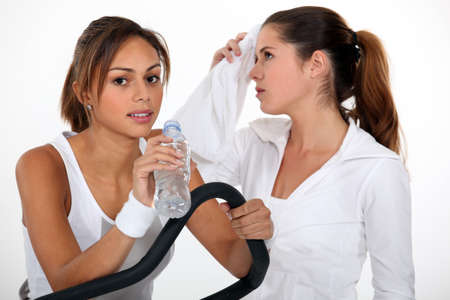 16 19 years: Girls at the gym Stock Photo