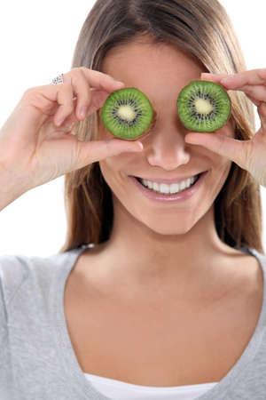 antics: Woman with kiwi eyes