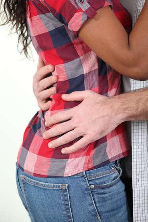 paar knuffelen Stockfoto