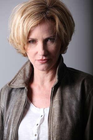 cabello corto: Retrato de una mujer