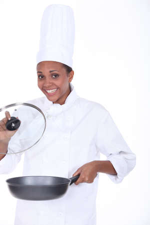 aliment: black woman cooking