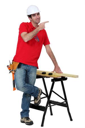 journeyman technician: Carpenter giving directions