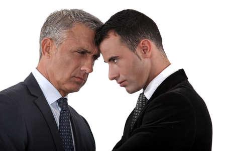 argumento: Jefe y empleado cuernos de bloqueo