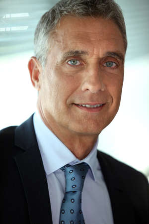 senior man: Senior businessman