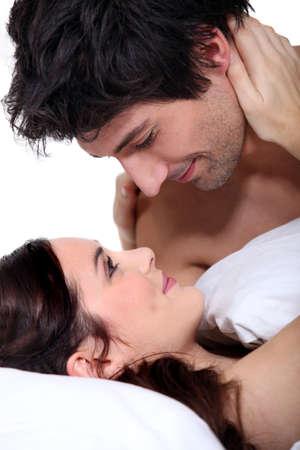 man and woman sex: Муж и жена смотрели друг другу