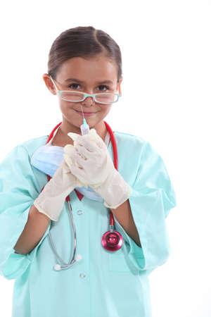 看護婦として服を着た女の子