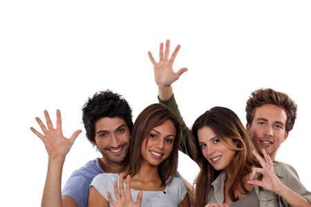 despedida: Grupo de j�venes gesticulando