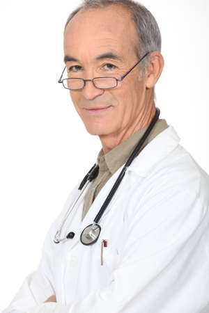 65 70: Portrait of an experienced doctor