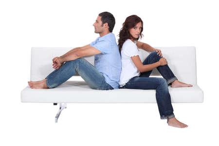 pareja enojada: Discordia civil