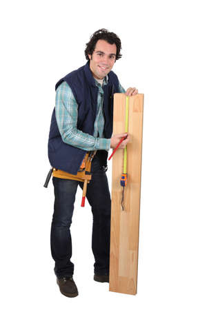 trussing: Lavoratore con plancia isolato su sfondo bianco
