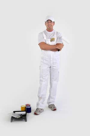 salopette: Portrait en pied d'un peintre avec ses outils Banque d'images