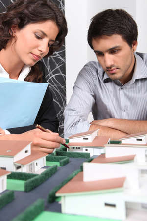 zoning: Architect using model to sell homes
