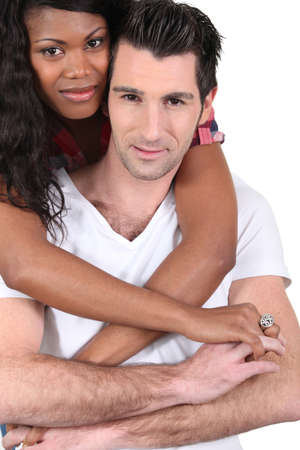 pareja interracial photo