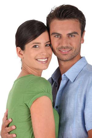 beau jeune homme: Couple pose