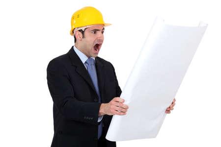 surveyor: Arquitecto Scared