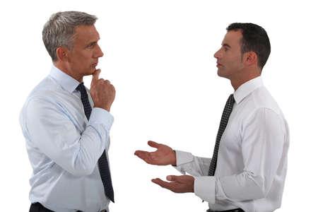 dva: Dva podnikatelé diskutovat