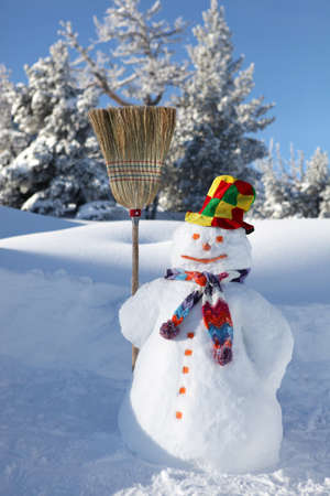 escoba: Muñeco de nieve Foto de archivo