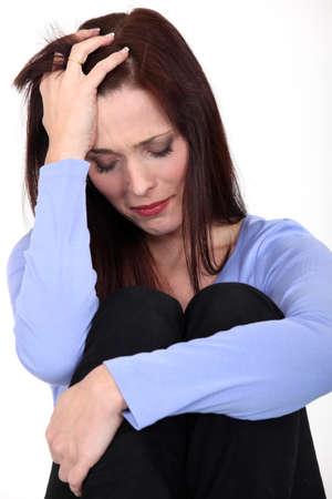 decepción: Mujer joven llorando