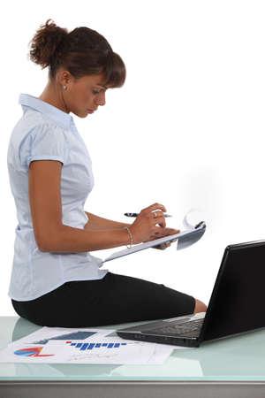 qualitative: Woman conducting market research Stock Photo