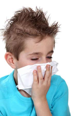 tabaco: Boy con un resfriado Foto de archivo