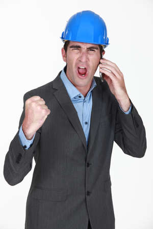 angry businessman shouting on his cell Stock Photo - 19145094