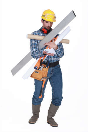 attentiveness: Builder struggling to carry equipment